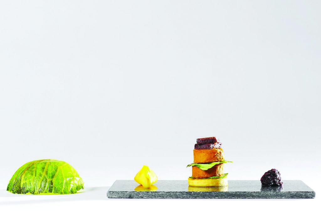 piatto di antipasti vegetariani